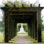 Come arredare giardini e spazi esterni con stile
